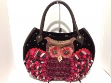 イパニマのハンドバッグ