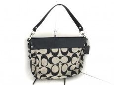 COACH(コーチ)のシグネチャー コンバーチブル ゾーイのハンドバッグ