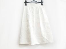 ロルナのスカート