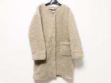 メリージェニーのコート