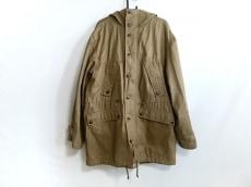 ドラッグストアーズのコート