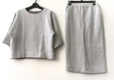 COS(コス)のスカートセットアップ