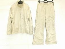 ゴールドウィンのレディースパンツスーツ