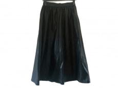 フィルザビルのスカート