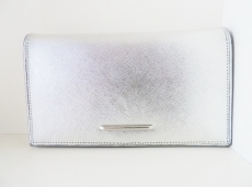 マリアカルラの長財布