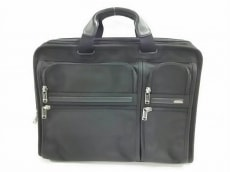 TUMI(トゥミ)のエクスパンダブル・オーガナイザー・コンピューター・ブリーフのビジネスバッグ