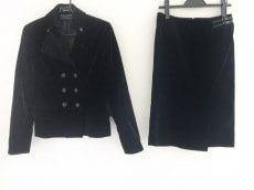 コムサデモード スカートスーツ レディース美品  黒 ベロア