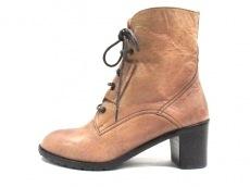 サヴァサヴァのブーツ