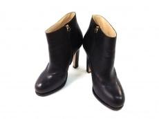 VIKTOR&ROLF(ヴィクター&ロルフ)のブーツ