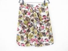 タクーンのスカート