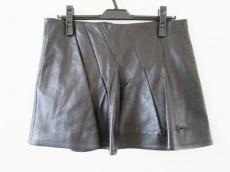 アンヴァレリーアッシュのスカート