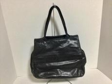ルッフォのハンドバッグ