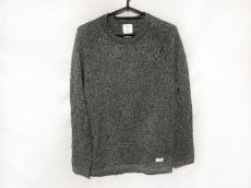 スタンプドのセーター
