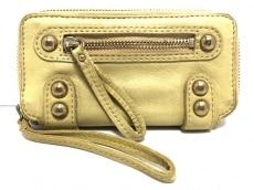 リネアペレの長財布