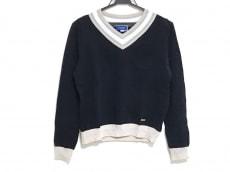 ブルーレーベルクレストブリッジのセーター