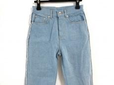 アイアムアイインファクトのジーンズ