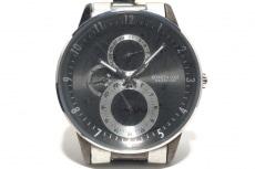 ケネスコールの腕時計