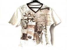 ディアのTシャツ