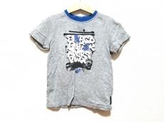 アルマーニジュニアのTシャツ
