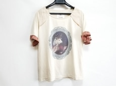 ボシュプルメットのTシャツ