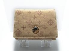 デイリーラシットの2つ折り財布