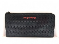 ベラカミーの長財布