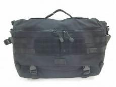5.11タクティカルのビジネスバッグ