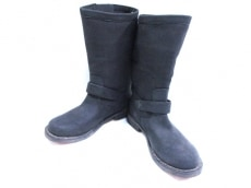 オロネロのブーツ