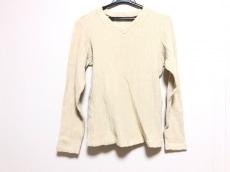 ドモンのセーター