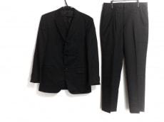 コンプリートのメンズスーツ