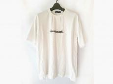 John UNDERCOVER(ジョンアンダーカバー)のTシャツ