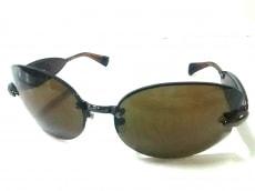ローリーロドキンのサングラス