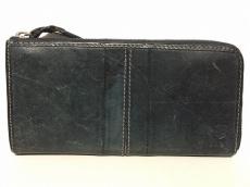 ムスタッシュの長財布