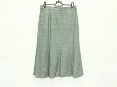 DAKS(ダックス)のスカート