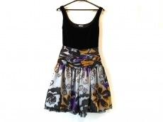 miumiu(ミュウミュウ)のドレス