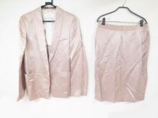 マウログリフォーニのスカートスーツ