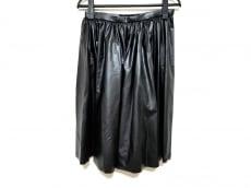コズミックワンダーのスカート
