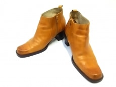 マリークラブのブーツ