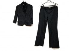エスプリミュールのレディースパンツスーツ