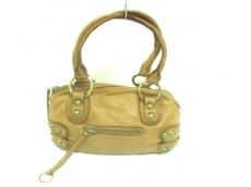 リネアペレのハンドバッグ