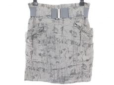 アクネジーンズのスカート