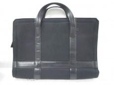 エルイーディーバイツのビジネスバッグ