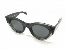 セリーヌのサングラス