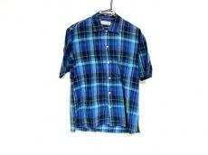 エトフのシャツ