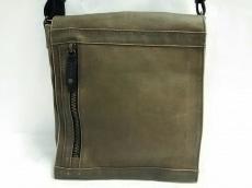 イケテイのショルダーバッグ