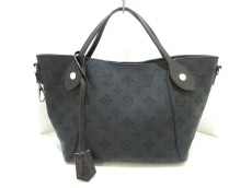 LOUIS VUITTON(ルイヴィトン)のヒナ PM