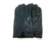 カステラーリの手袋