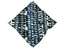マーククロスのスカーフ