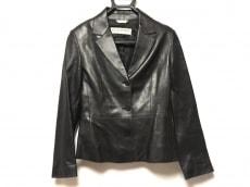 エルヴァッケロのジャケット