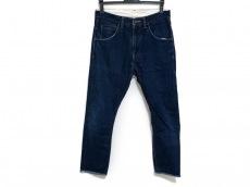 ブフトのジーンズ
